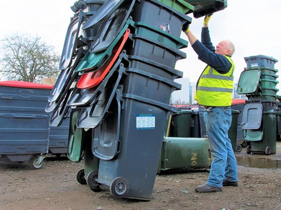 LOCAL AUTHORITY WASTE CONTAINER RECYCLING DE-WHEELING SERVICE